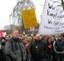Conti-Belegschaft in Dortmund lehnt auch abgespeckte  Arbeitsplatzvernichtung ab