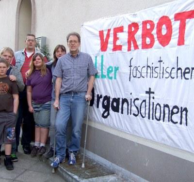 Feige faschistische Morddrohungen gegen Gerd Pfisterer und seine Familie