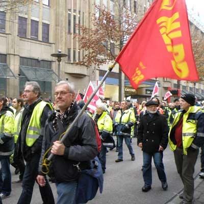 Elbvertiefung oder Arbeitsplätze – Hafenarbeiter sollen in eine Zwickmühle geführt werden!