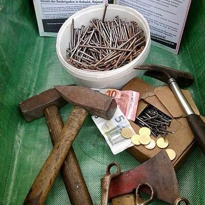 Profiwerkzeug im Wert von über 1.000 Euro für den Wiederaufbau von Kobanê gespendet
