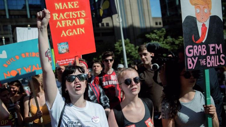 Die Antwort der AfD auf die Krisen  dieser Welt ist Reaktion nach Innen  und Aggression nach Außen