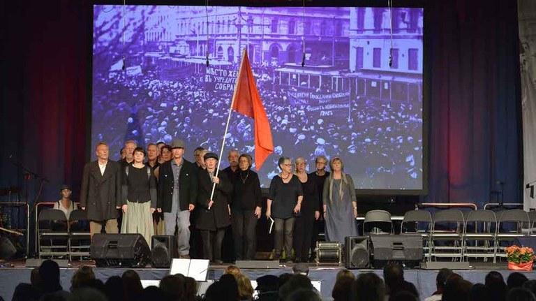 Massen-Seminar und große Feier  zum 100. Jahrestag der russischen Oktoberrevolution