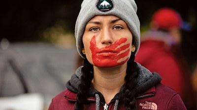 """Kein reaktionärer """"Rollback!"""" – Frauen kämpfen weltweit gegen Rechtsentwicklung der Regierungen"""