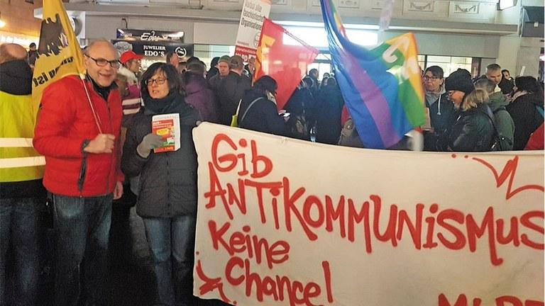 """""""Die Partei"""" vom satirischen Anspruch zum antikommunistischem Sinkflug"""