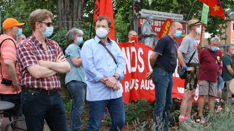 AfD-Provokation gegen Lenin-Statue kläglich gescheitert