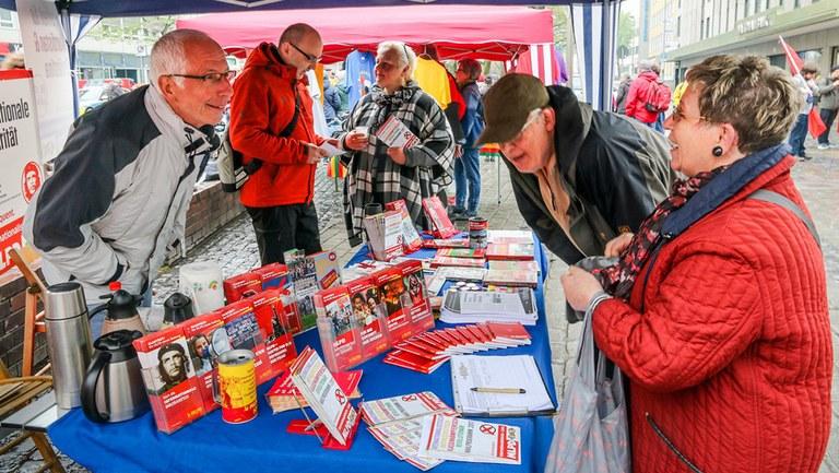 Bundestag plant drastische Senkung der Unterstützerunterschriften