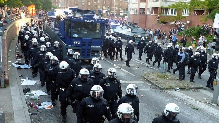 CDU und FDP rücken weiter nach rechts: Geplante Einschränkung der Versammlungsfreiheit bekämpfen