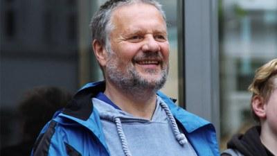 Freiheitskämpfer und Marxist-Leninist klagt gegen seine Behandlung als 'Gefährder'