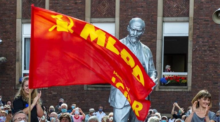 """Lenin está en Gelsenkirchen: """"¡Hoy hemos dado una clara señal contra el anticomunismo!"""""""
